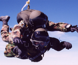 halo-skydiving