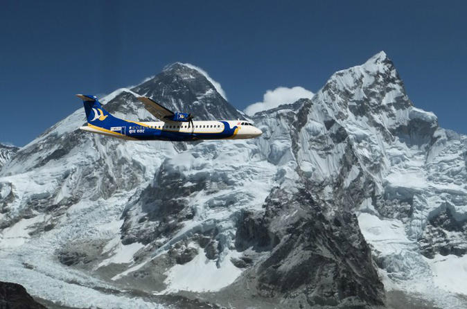 Survoler l'Everest en avion